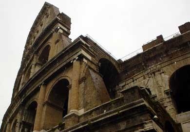 Roma: scorcio del Colosseo