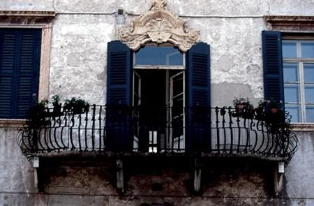particolare del centro storico di Verona