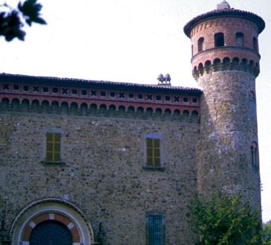 castelli del piacentino: Rezzanello nel comune di Agazzano
