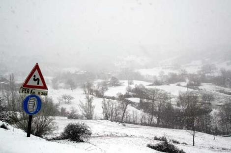 dintorni di Coli: veduta invernale